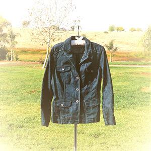 Like new Dana Buchman denim jacket size 6